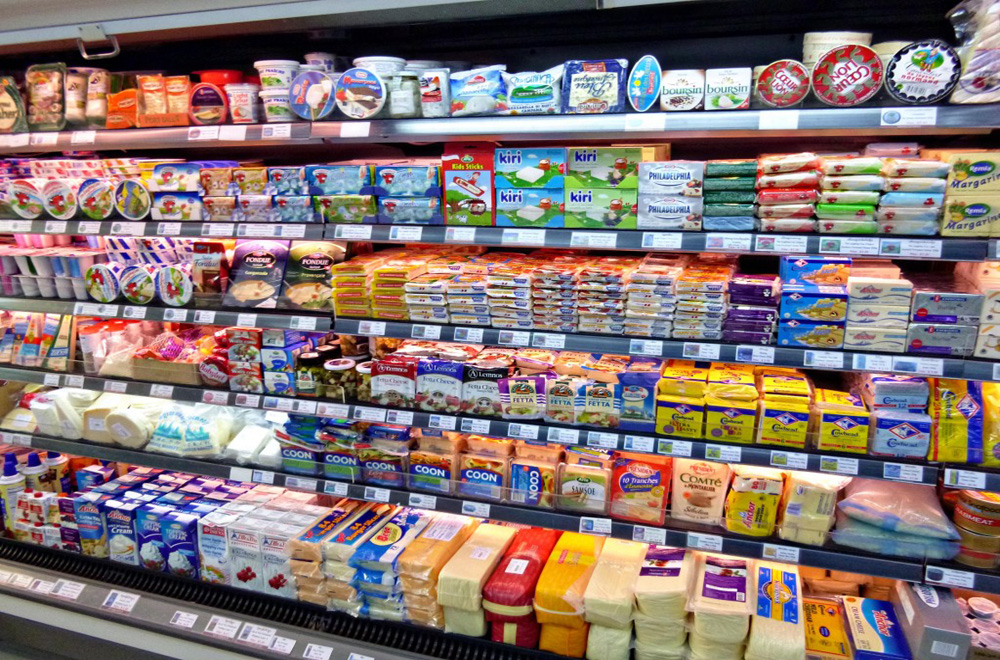 GroceryStore_Cheeses_01
